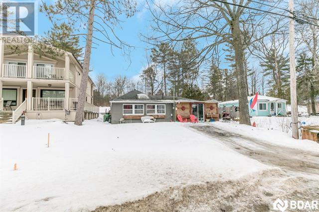 Real Estate Listing   2207 TINY BEACHES Road S Tiny